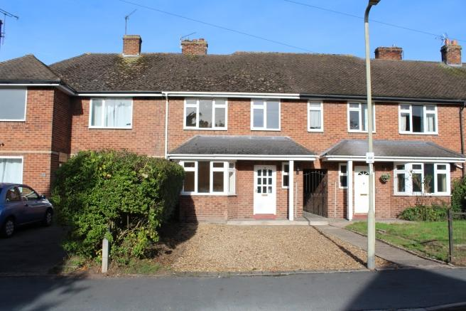3 Bedrooms Terraced House for sale in 17 Vineyard Road, Newport, Shropshire, TF10 7HZ
