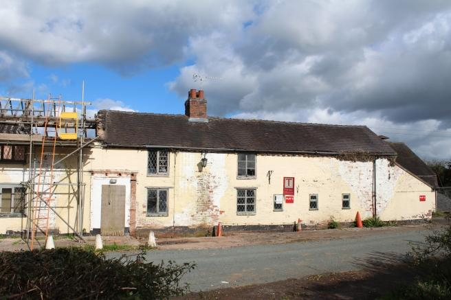 4 Bedrooms Terraced House for sale in Unit 2, The Hand and Cleaver, Butts Lane, Ranton, Staffordshire, ST18 9JZ