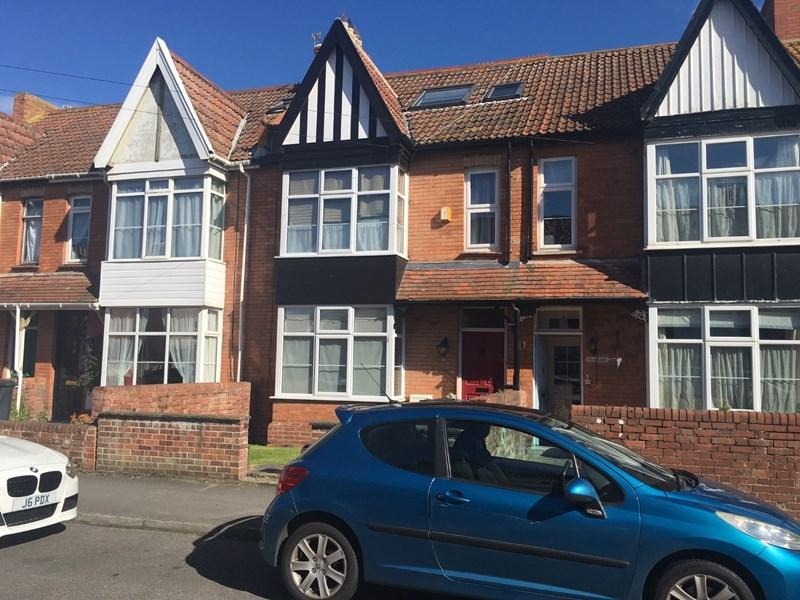 5 Bedrooms Terraced House for sale in Kingsway Road, Burnham-On-Sea