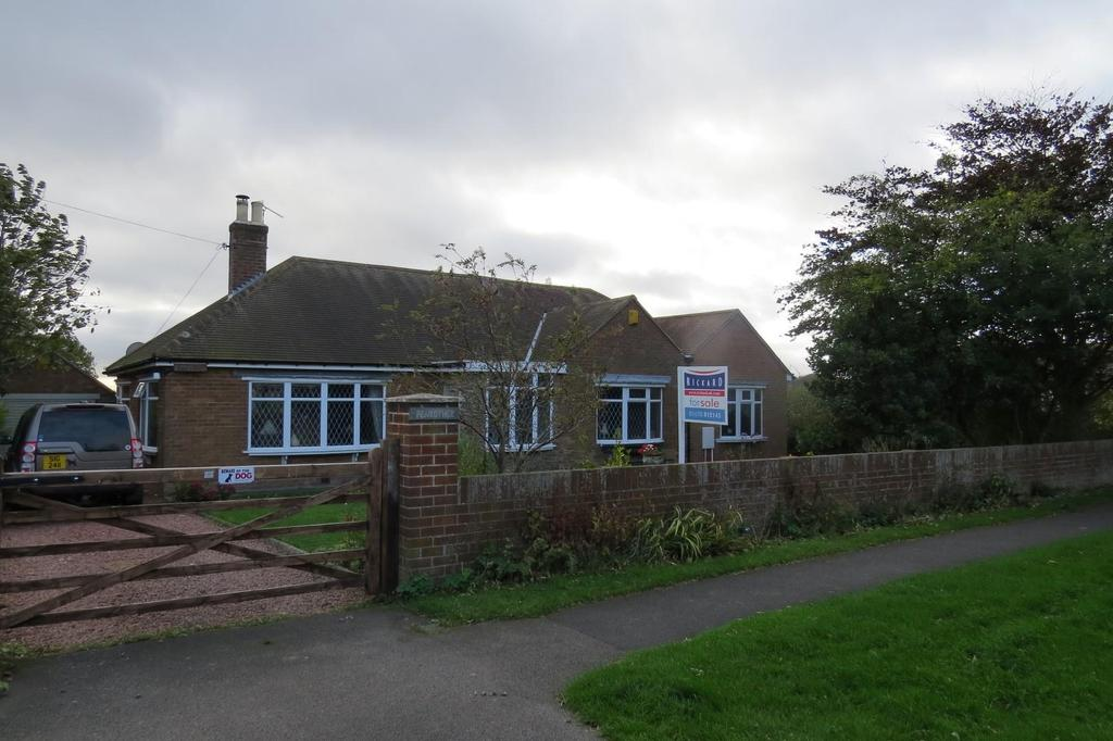 4 Bedrooms Detached Bungalow for sale in Vernon Place, Newbiggin-By-The-Sea
