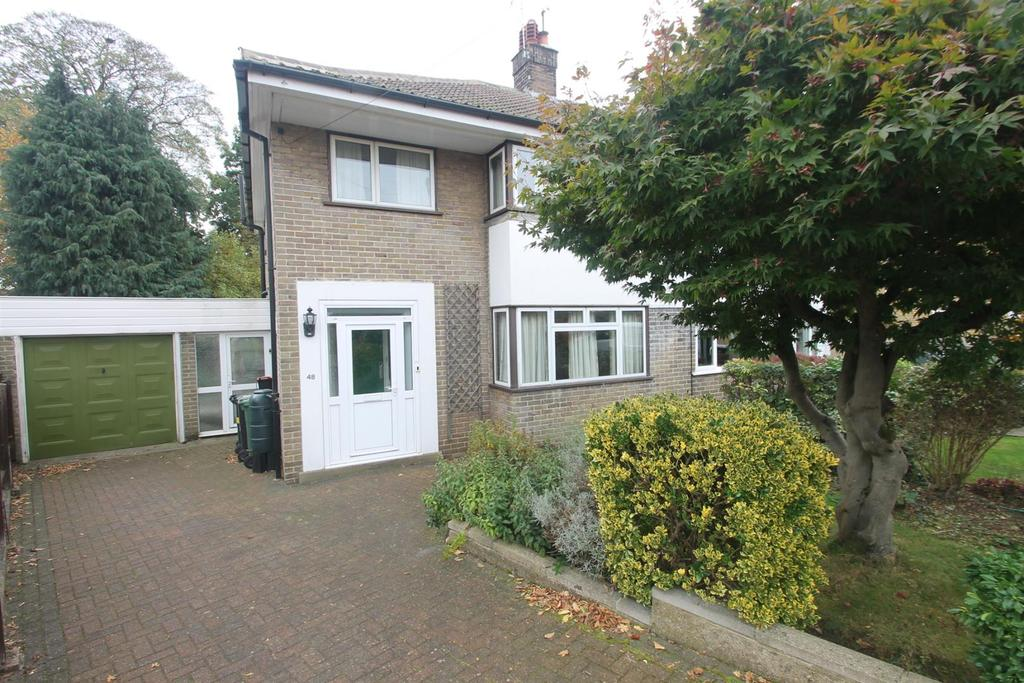 3 Bedrooms Semi Detached House for sale in Knowle Road, Penenden Heath, Maidstone