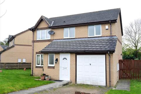 4 bedroom detached house for sale - Warton Avenue, Bierley, BD4 6JG