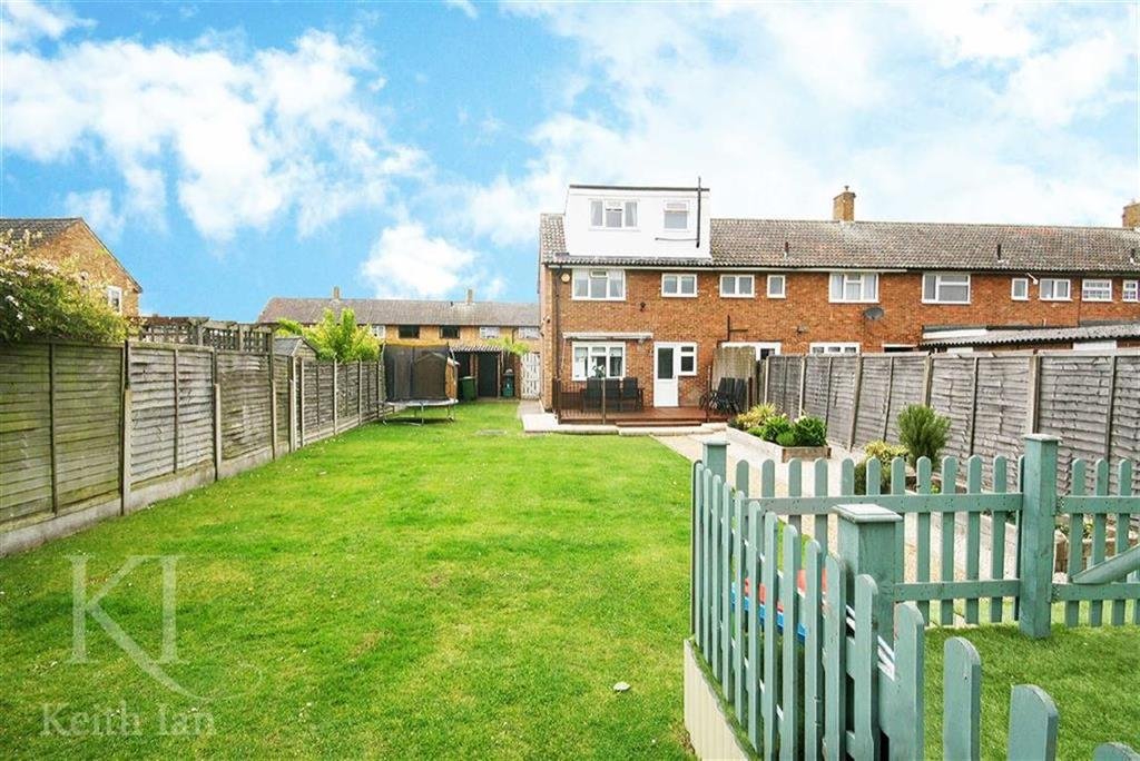 3 Bedrooms End Of Terrace House for sale in Wavell Close, Cheshunt