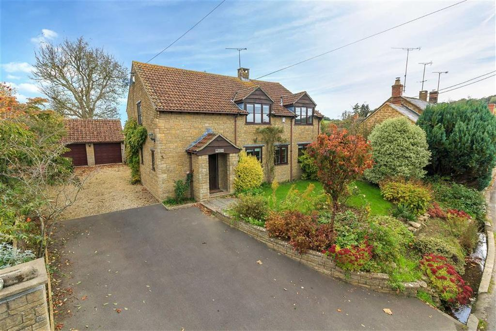 4 Bedrooms Detached House for sale in Lower Street, West Chinnock, Crewkerne, Somerset, TA18