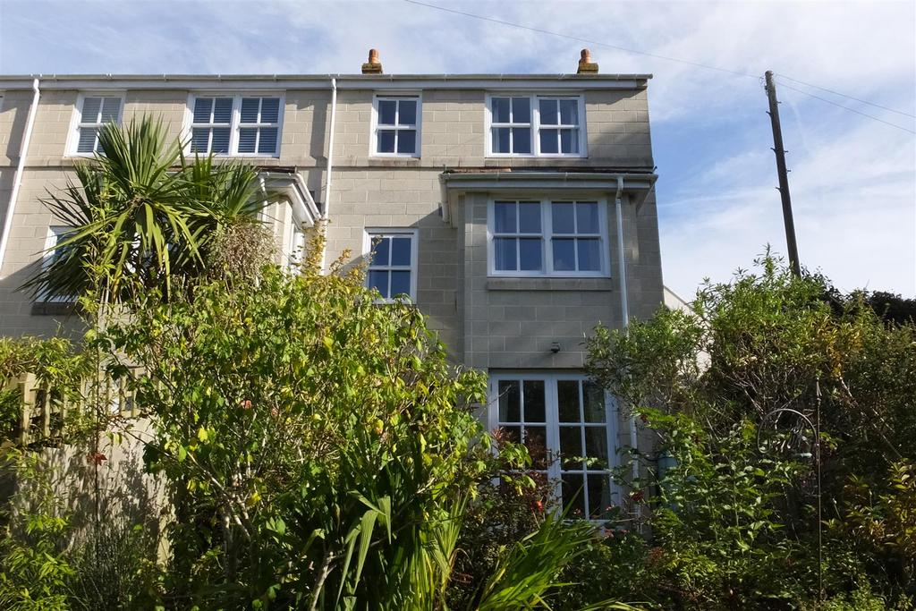 3 Bedrooms End Of Terrace House for sale in Truro Vean Terrace, Truro