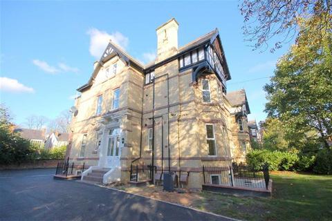 2 bedroom flat to rent - Wood Road, Whalley Range