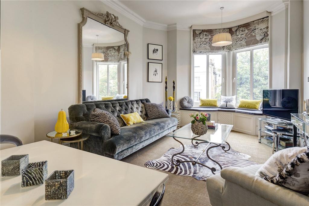 2 Bedrooms Flat for sale in Viscount Court, 1 Pembridge Villas, London