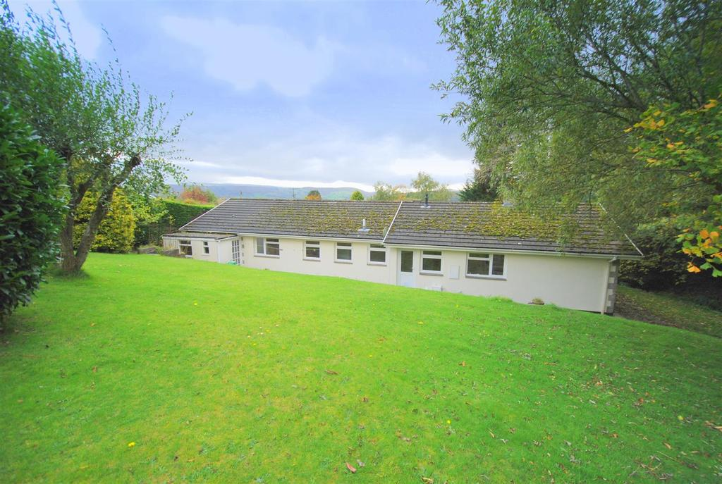 4 Bedrooms Detached Bungalow for sale in Bryntirion Lane, Rhayader
