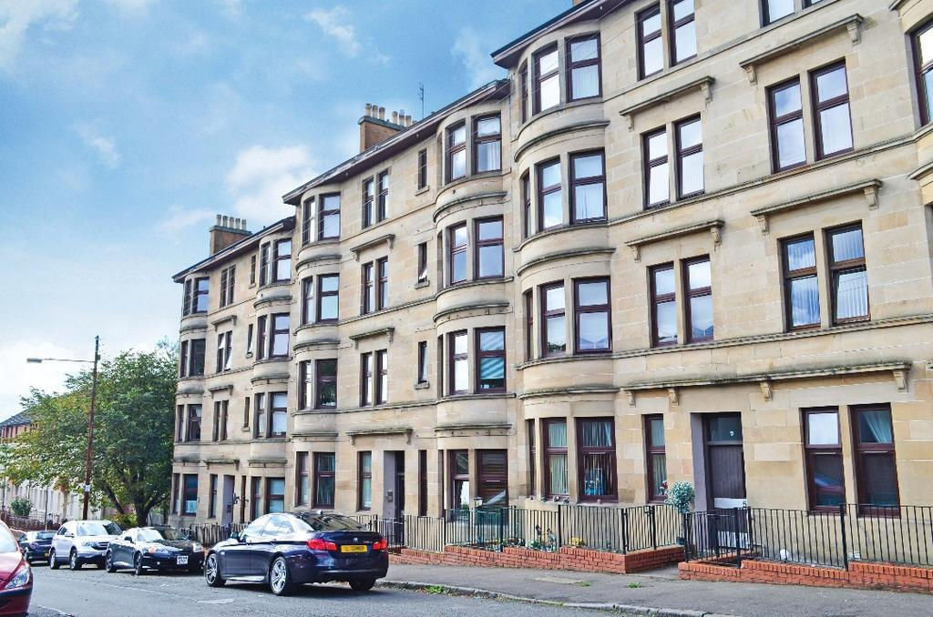 1 Bedroom Flat for sale in Craigmont Drive, Flat 1/2, Maryhill, Glasgow, G20 9BP