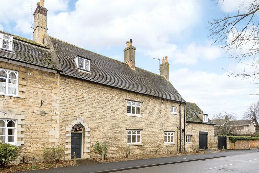 6 Bedrooms Unique Property for sale in Werrington Hall North, Hall Lane, Peterborough, PE4