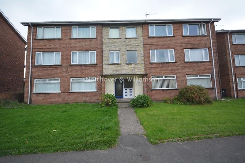 2 Bedrooms Flat for sale in Cranleigh Rise, Rumney, Cardiff. CF3