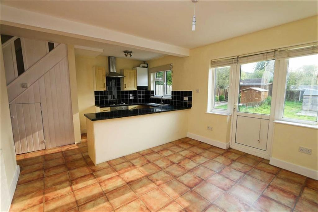 3 Bedrooms Terraced House for sale in Waterdale Road, Abbey Wood, London, SE2