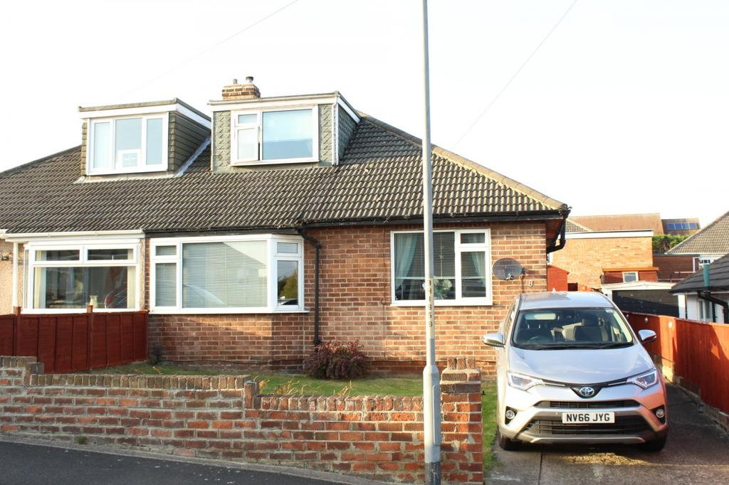 3 Bedrooms Bungalow for sale in Humewood Grove, Norton, TS20