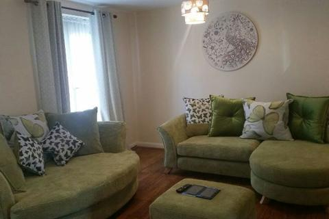 1 bedroom house share to rent - 1 room to rent Gough Drive Tipton