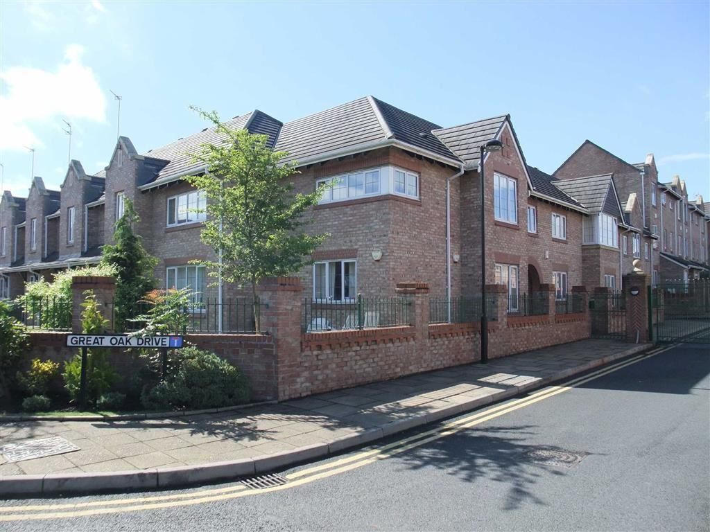 2 Bedrooms Apartment Flat for sale in Great Oak Drive, Altrincham, Cheshire, WA15