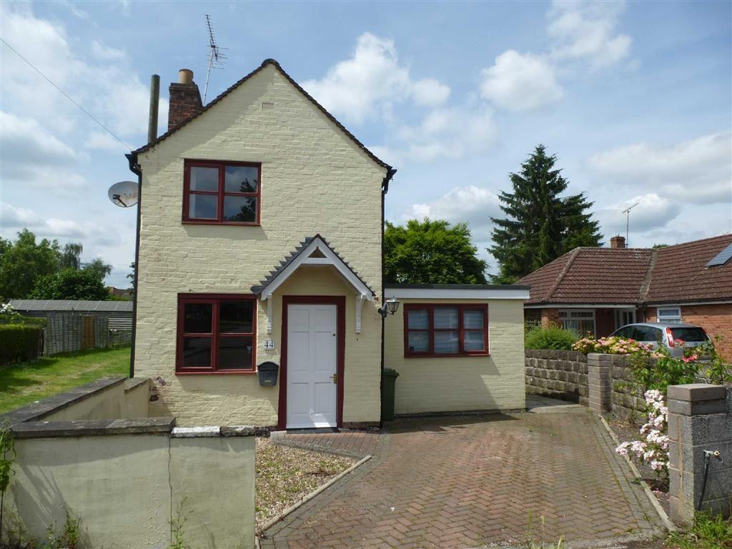 2 Bedrooms Detached House