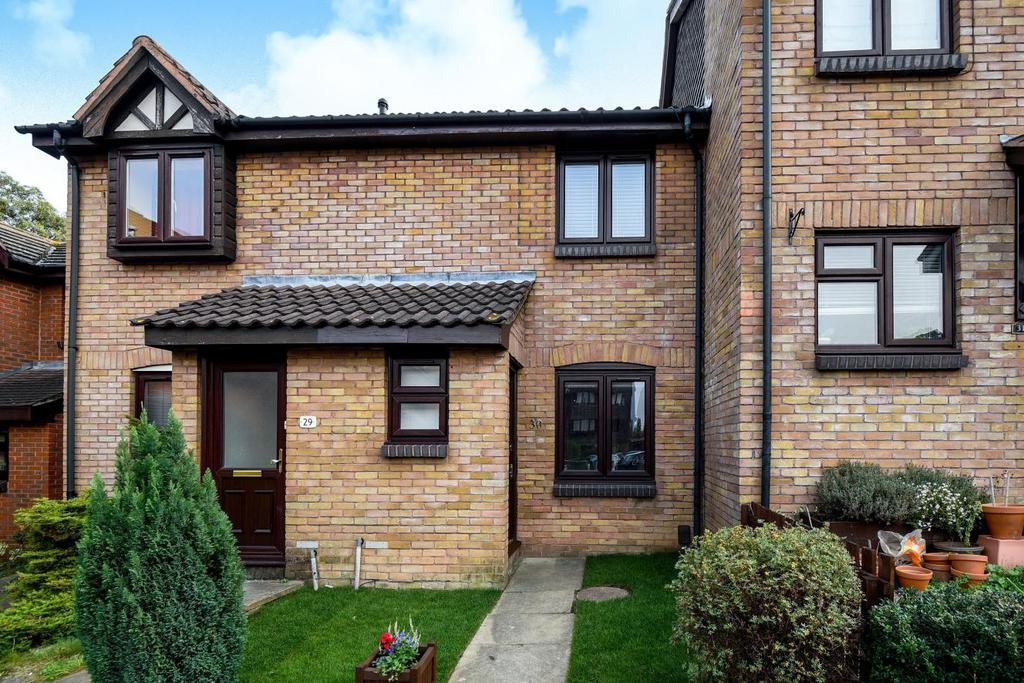 2 Bedrooms Terraced House for sale in Gables Close, Lee
