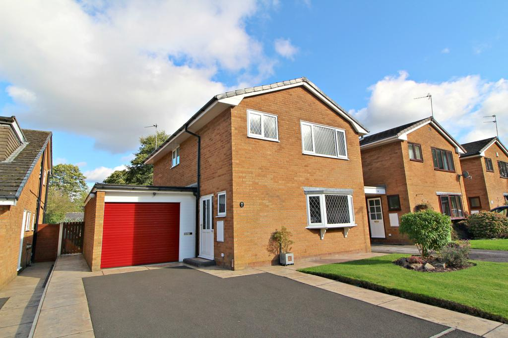 4 Bedrooms Detached House for sale in POYNTON (DUNDRENNAN CLOSE)
