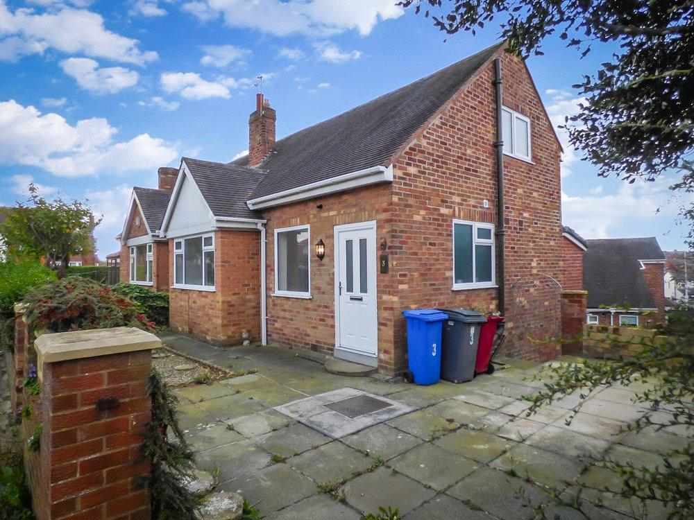 2 Bedrooms Semi Detached House for sale in Saint Louis Avenue, Layton, Blackpool