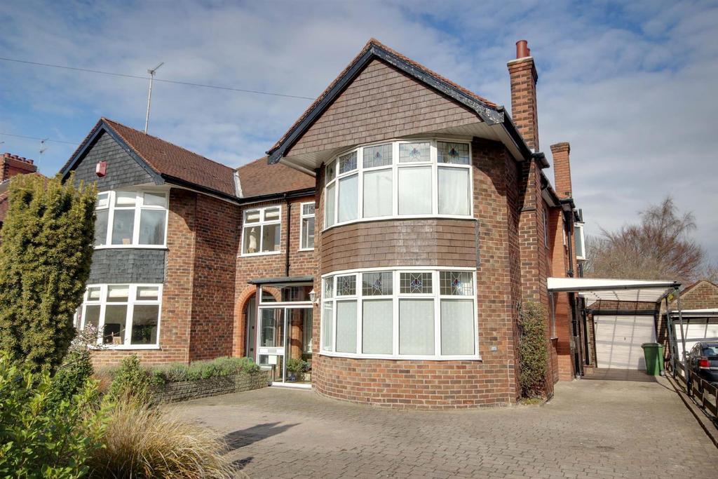 3 Bedrooms Semi Detached House for sale in Beverley Road, Kirk Ella