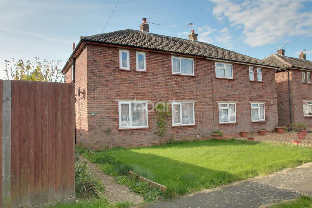 3 Bedrooms Semi Detached House for sale in High Barns, Ely
