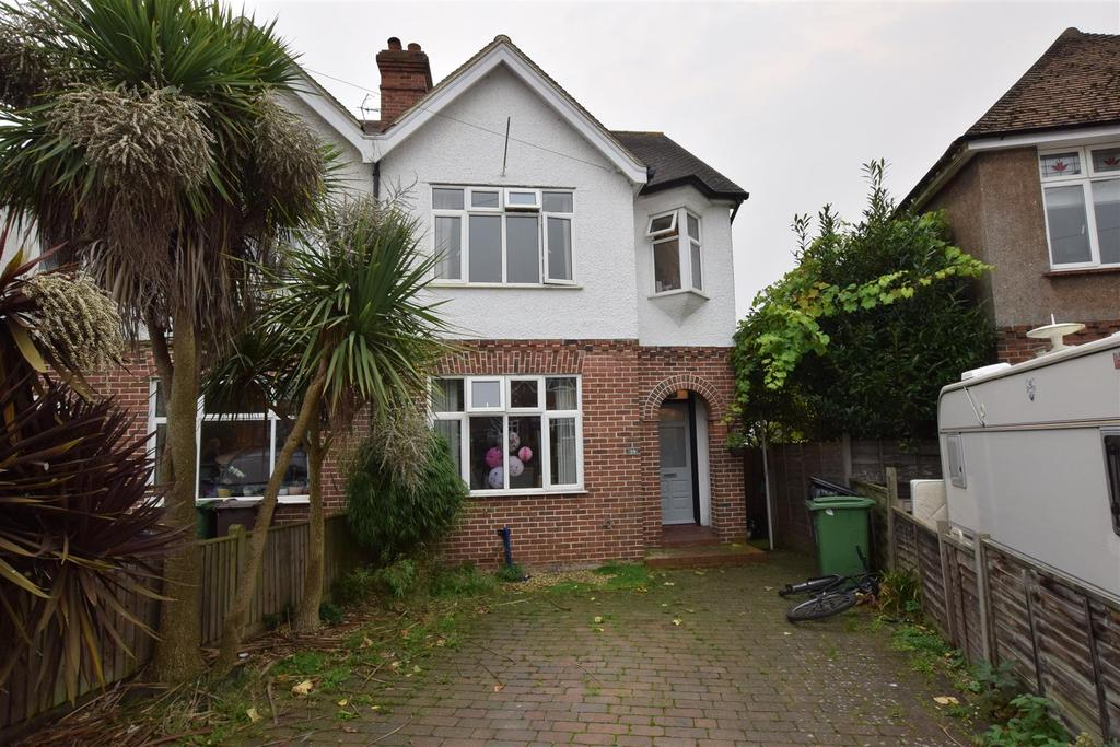 3 Bedrooms Semi Detached House for sale in Blacklands Drive, Hastings