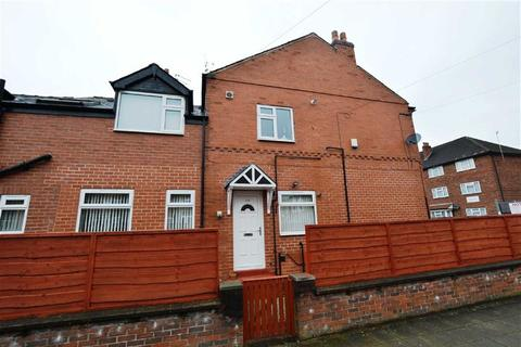 2 bedroom flat to rent - Railway Road, Stretford