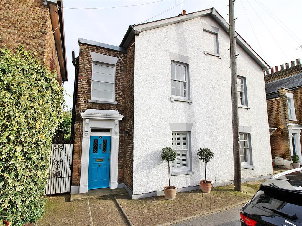 3 Bedrooms Semi Detached House for sale in Hill Street, St. Albans