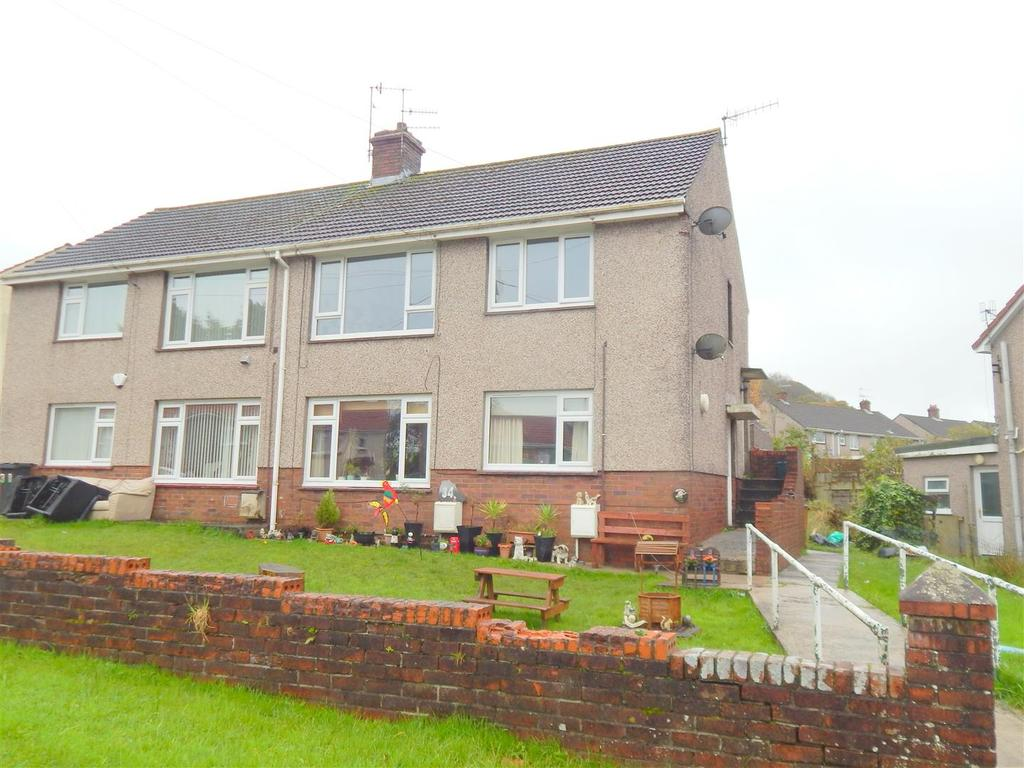 1 Bedroom Apartment Flat for sale in Gellideg, Pontardawe, Swansea