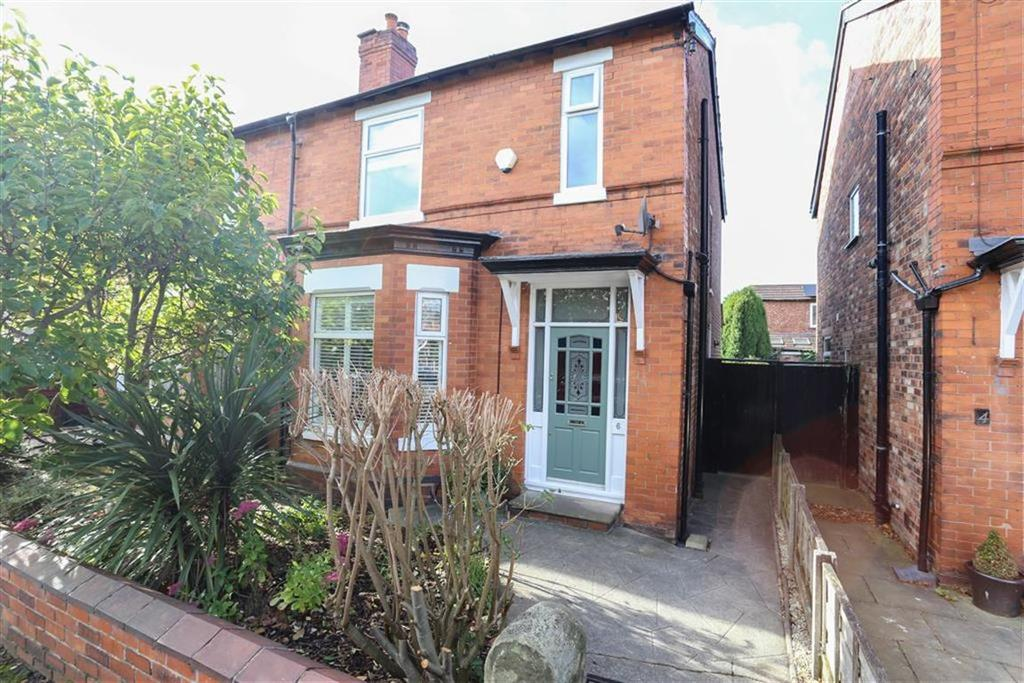 4 Bedrooms Semi Detached House for sale in Ashburn Road, Heaton Norris