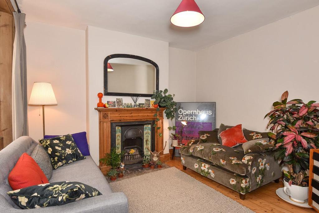 1 Bedroom Flat for sale in Crampton Street, Elephant Castle