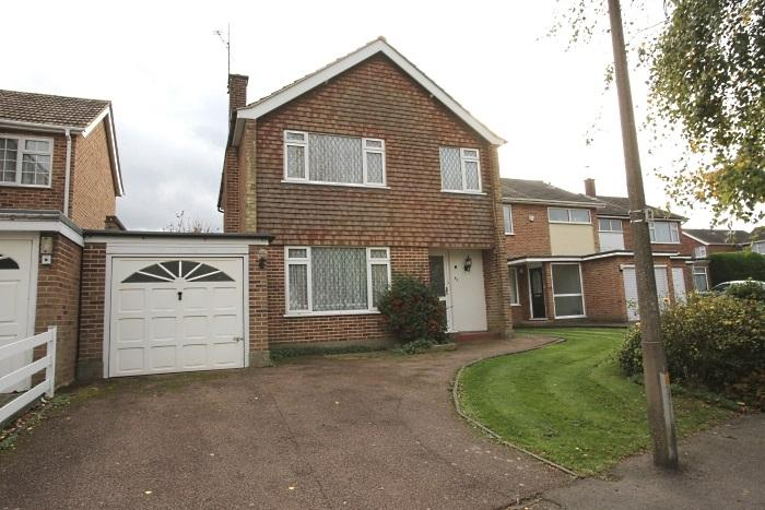 3 Bedrooms Detached House for sale in GREEN WALK, MARDEN ASH, ONGAR CM5