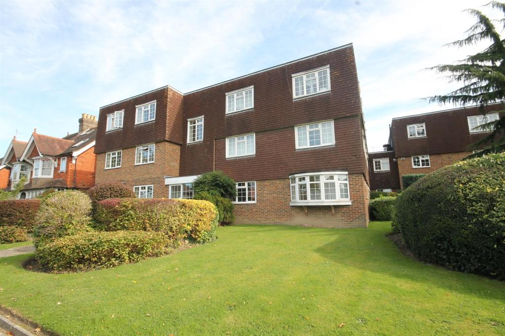 1 Bedroom Flat for sale in Rusper Road, Horsham