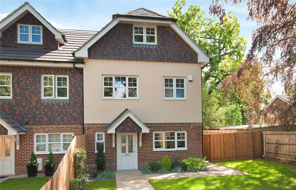 5 Bedrooms End Of Terrace House for sale in Heath Road, Weybridge, Surrey, KT13