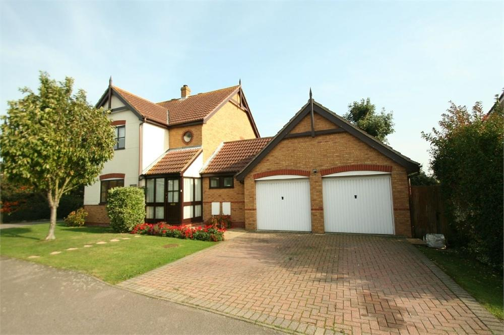 4 Bedrooms Detached House for sale in Vine Road, Tiptree, Essex