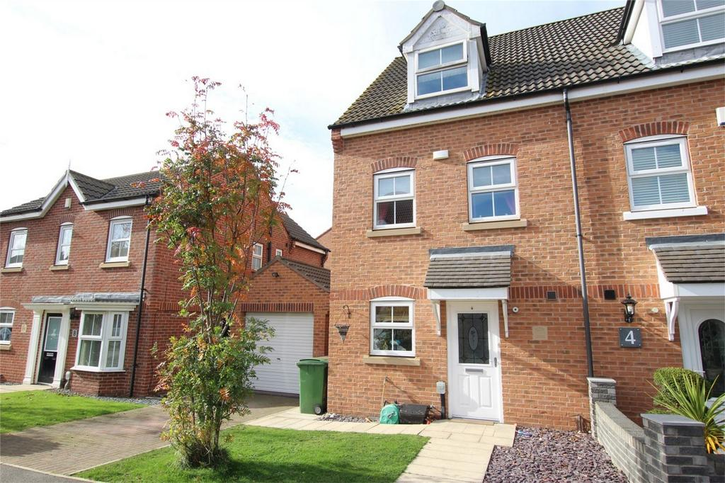 3 Bedrooms Semi Detached House for sale in Sandringham Road, Brough, East Riding of Yorkshire
