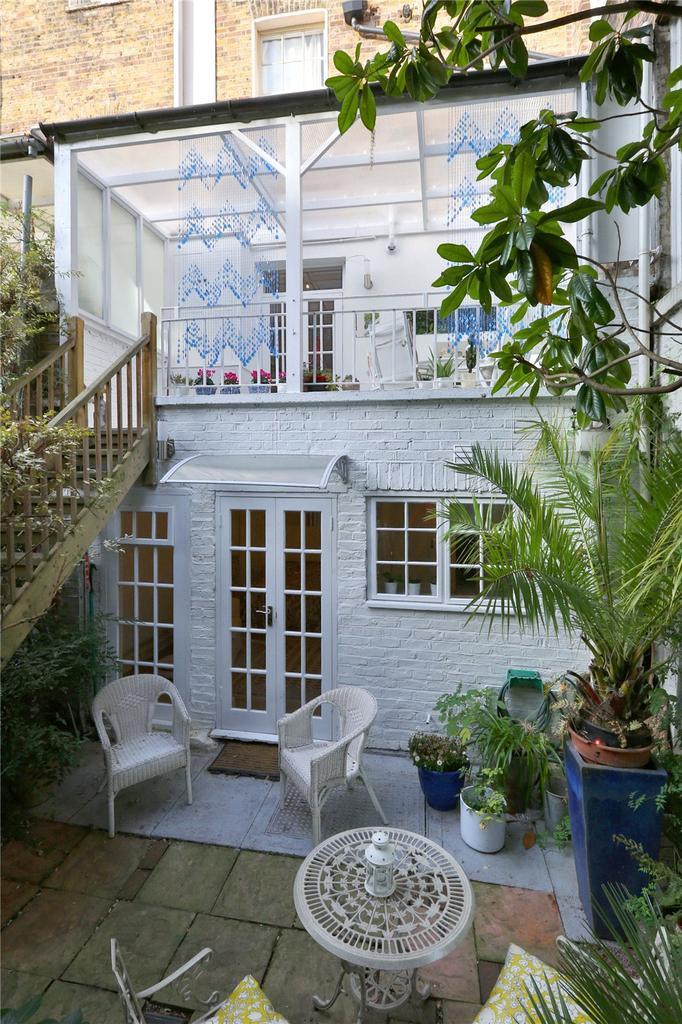 2 Bedrooms House for sale in Acton Street, London, WC1X
