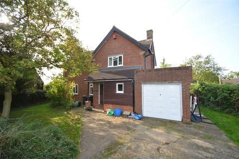 3 bedroom detached house to rent - Broad Street, Clifton, Beds