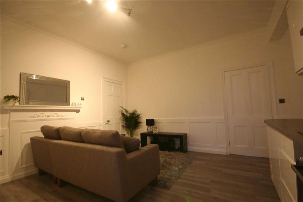3 Bedrooms Apartment Flat for rent in John Street, London, WC1N