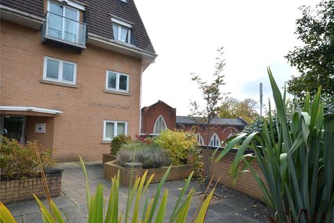 2 bedroom apartment for sale - Lakelands Court, Rhydypenau Road, Cyncoed, Cardiff, CF23