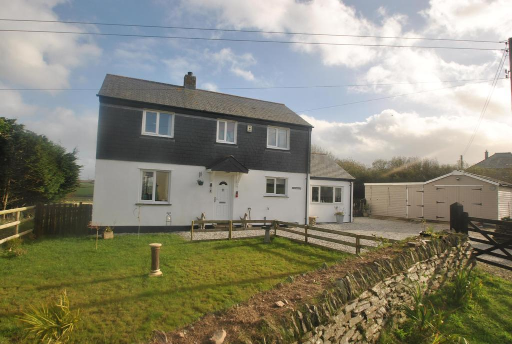 3 Bedrooms Detached House for sale in Tresparrett Posts, Camelford