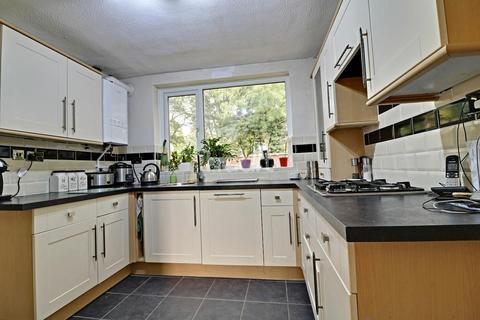 4 bedroom semi-detached house for sale - Coniston Avenue,Northampton