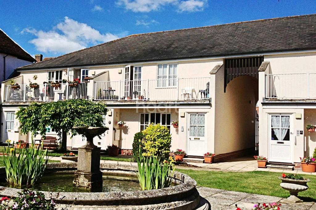 2 Bedrooms Flat for sale in South Street, Manningtree, Essex