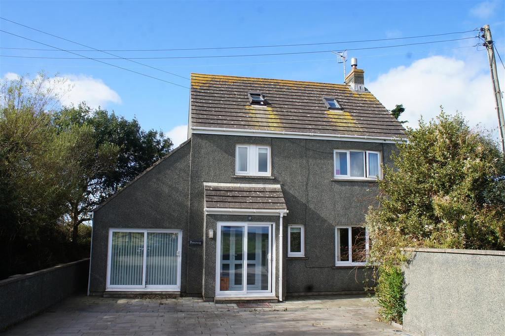 4 Bedrooms Detached House for sale in North End, Trefin, Haverfordwest