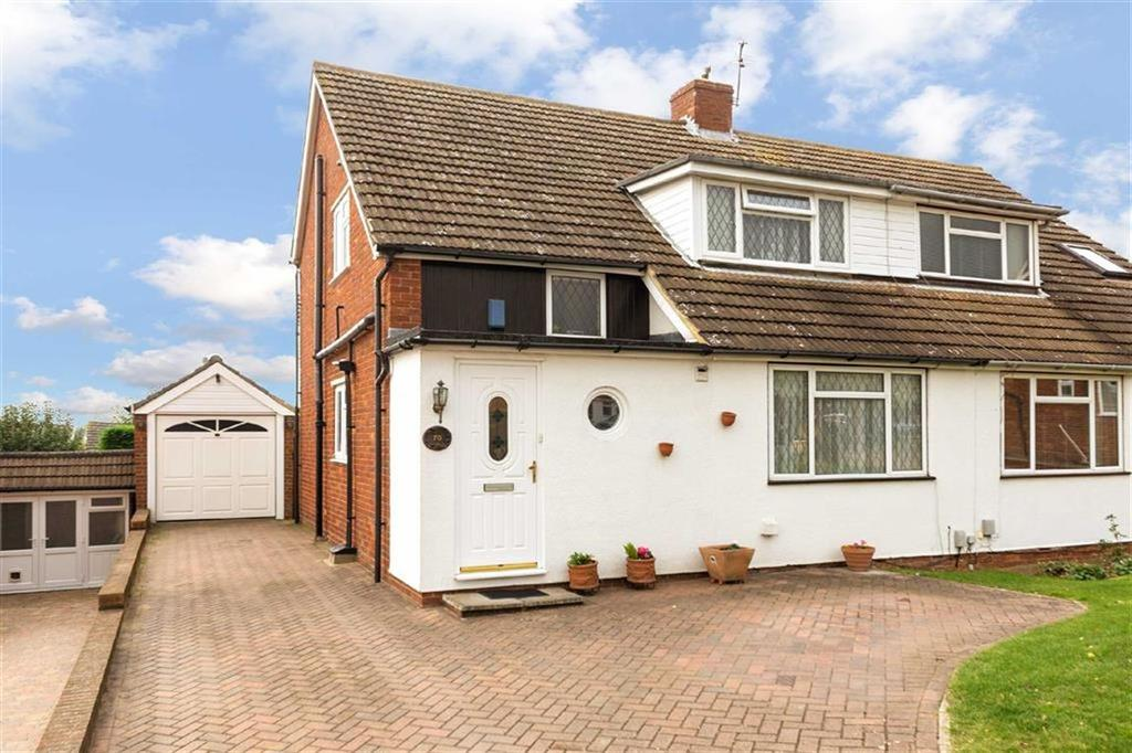 3 Bedrooms Semi Detached House for sale in Mandeville Road, Hertford, SG13