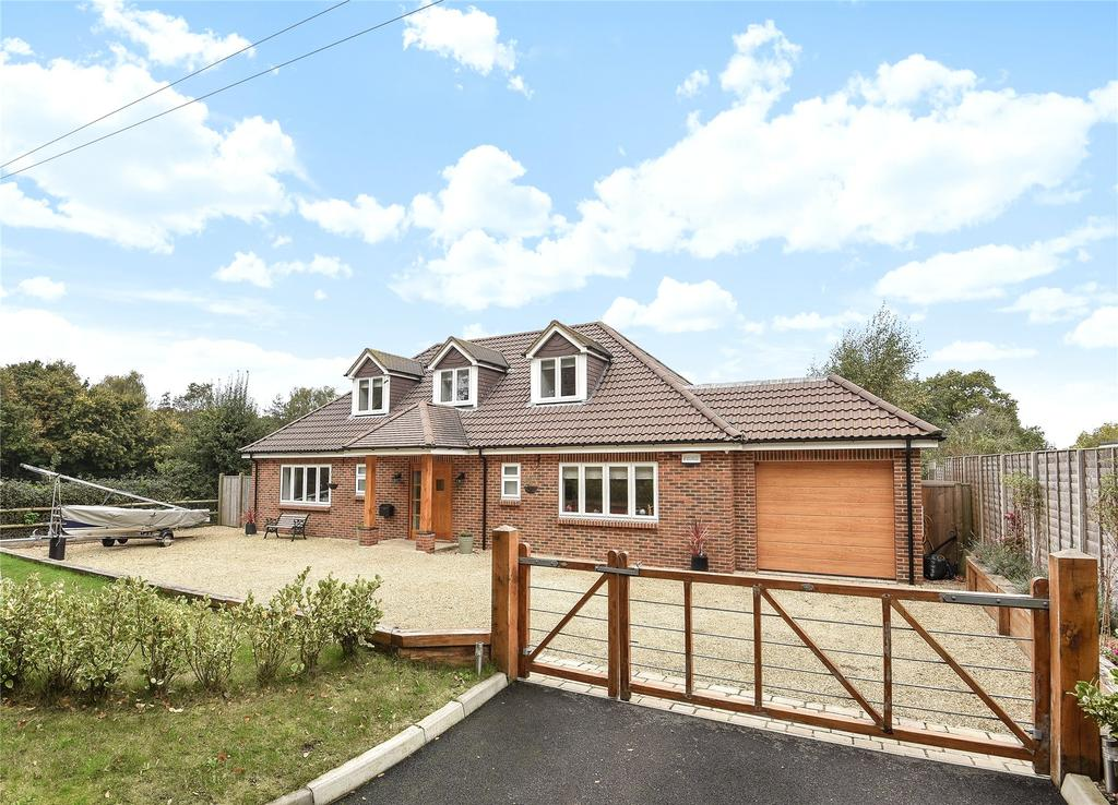 5 Bedrooms Detached House for sale in Stoborough, Dorset