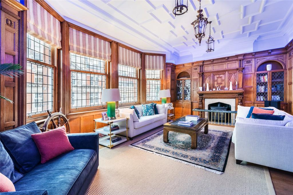4 Bedrooms Flat for sale in North Audley Street, London