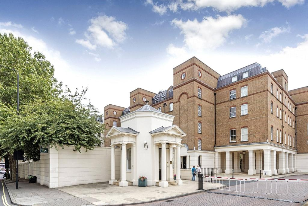 3 Bedrooms Flat for sale in Salisbury House, Drummond Gate, Pimlico, London