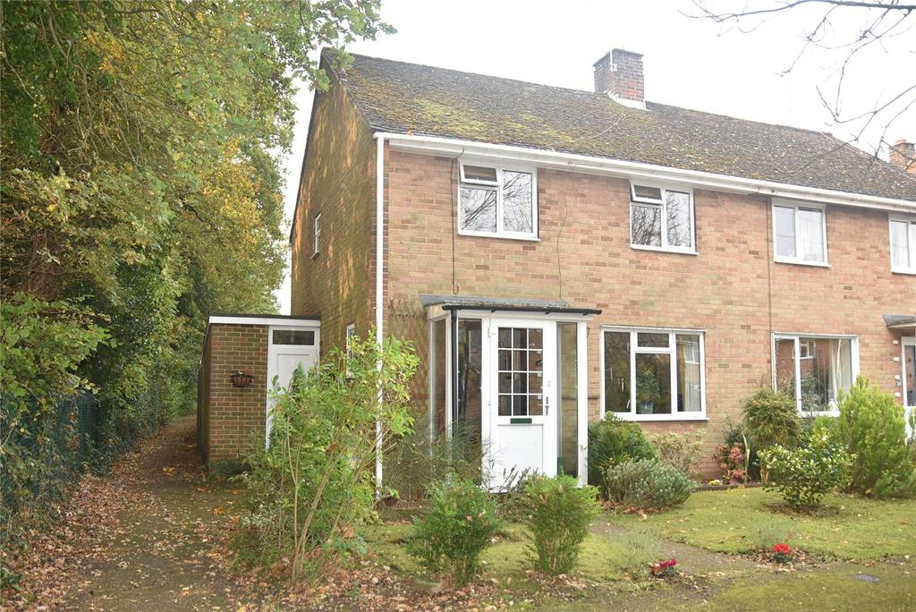 2 Bedrooms Semi Detached House for sale in Whitedown Road, Tadley, Hampshire, RG26