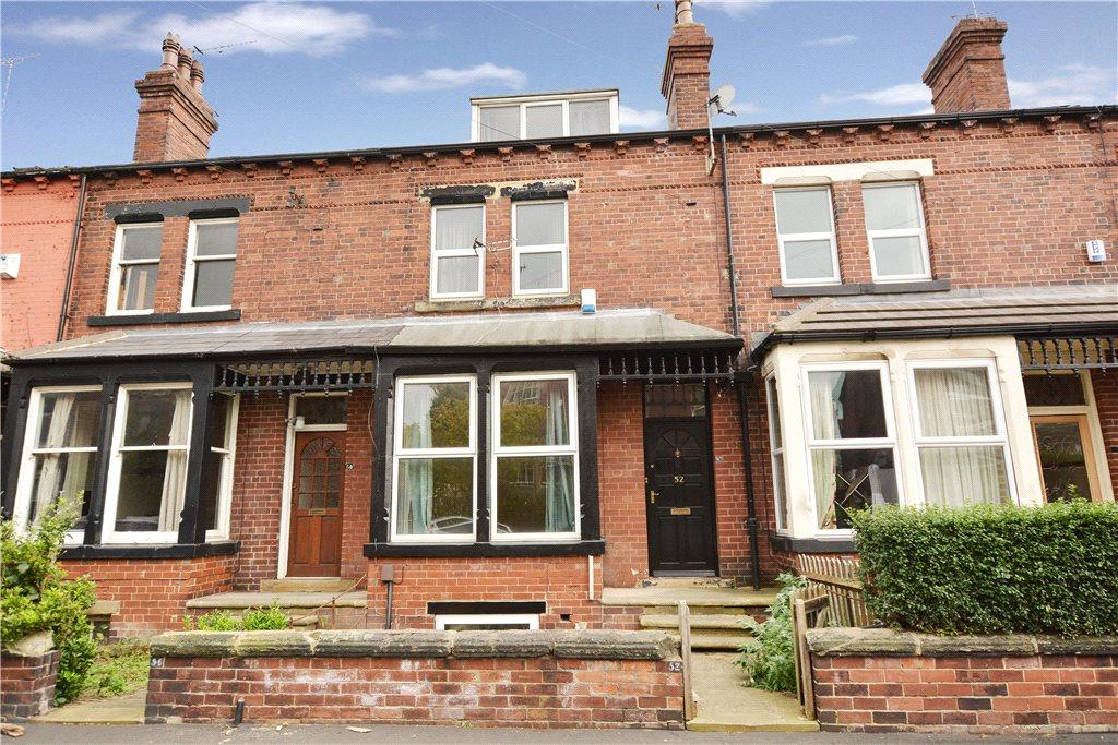 5 Bedrooms Terraced House for sale in Kirkstall Avenue, Leeds